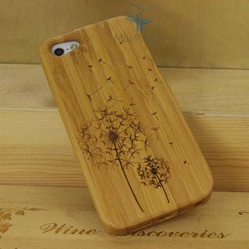 Natural Wood iPhone 5 Case - Engraved Flying Dandelion iPhone Wood Case, Forrest, Sculpture, Cherry Wood, Art, Laser Engraving, Nature