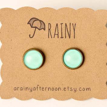 Minty Green Glass Earrings