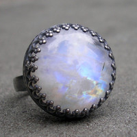 Moonstone Ring.  Blue Moonstone Round Cabochon and Sterling Silver.   US Size 7.5