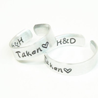 Customized couple rings - His and hers rings - Promise rings - Boyfriend girlfriend rings - Taken rings - Initials rings heart rings