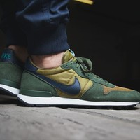"Internationalist ""Green"""