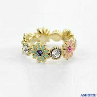 Fashione Cute Lovely Golden Color Daisy Flower Rhinestone Ring