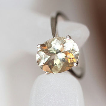 Oregon Sunstone Ring, Champagne Oregon Sunstone Sterling Silver Cocktail Ring - Yellow Oregon Sunstone Unique Gemstone Engagement Ring