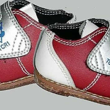 O Bowling Baby Shoes