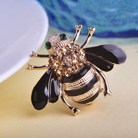 Blucome Romantic Rhinestone Animal Brooches For Women