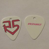 Pink double sided R5 logo #R5Family guitar pick pendant unofficial