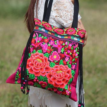 Vintage Embroidery Women National Bags Handmade Flower Embroideried Ethnic Cloth Shoulder Bag with tassel women handbag