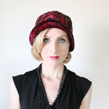 1920's Hat, VINTAGE, Cloche, Flapper, Antique, Great Gatsby, Greta Garbo Style,Velvet, Art Deco