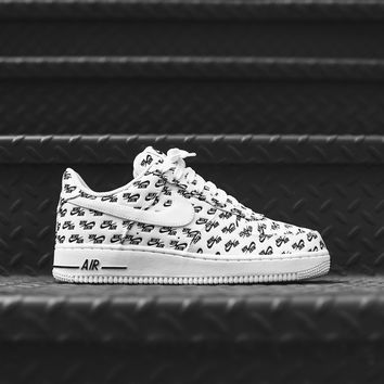 Nike Air Force 1 '07 QS - White / Black