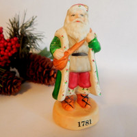 Old World Santa Claus Figurine Russ Berrie Collectible Porcelain 15229 Vintage Christmas Decor