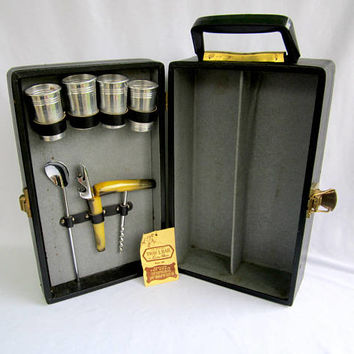 Portable Travel Bar Vintage Pub Bar Gifts For Men Trav-L-Bar