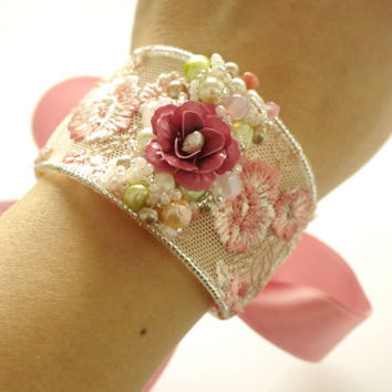 Lace Cuff. Light Pink floral bridal bracelet. Boho Wedding Jewelry. Pearls and rose bangle bracelet. Lace jewelry for Bride and Bridesmades