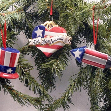 Ceramic Patriotic Ornaments Set of 3 by GrapeVineCeramicsGft