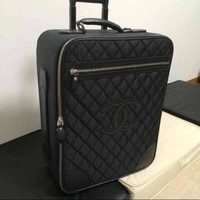 USED CHANEL Chanel carry bag free shipping Japan Black Very popular Famous woman