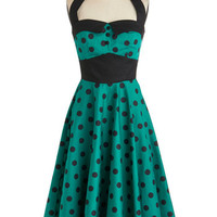 Budding Starlet Dress in Emerald