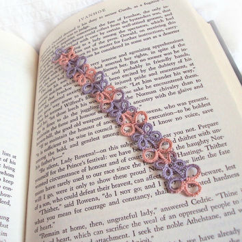 Tatted Lace Bookmark - Shell Pink - Antique Violet - Seashell - Seaside Inspired - Eva