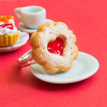 Jam cookie ring miniature food