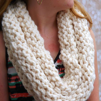 Chunky Knit Cowl - White layered cowl - winter accessory - fall accessory - Creme Wool Blend Cowl - Warm Winter Cowl - Infinity Cowl