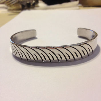 Sally Yazzie Sterling Cuff Bracelet Silver 925 Navajo 29 Grams Native American Tribal Signed Southwestern Indian Vintage Jewelry Etched Gift