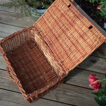 Vintage Wicker Basket or Picnic Hamper - Large Rustic French Basket, Hinged Lid - Country, Farmhouse, Cottage, Shabby Decor