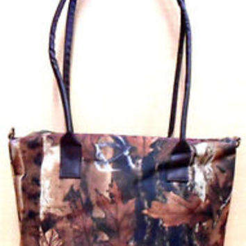Camo Chik Handbag ,Purse,accessory Bag Officially Licensed oakwood outdoors Camo