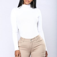 Harper Turtle Neck Top - White