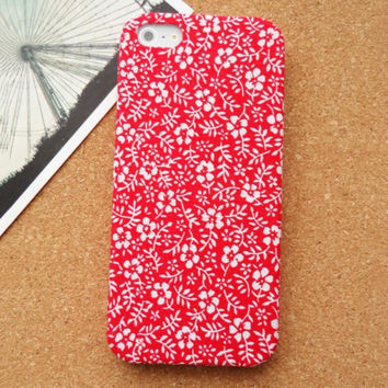 Big Red Flowers Fabric Phone Case For iPhone 5