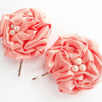 Fabric Flower Hair Pins, Peach Satin Flower Bobby Pins Soft Pink Pearl Beads, Rosette Flower Hair Accessories, Adults Hair Clips Accessory