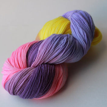 Topsy Turvy - Fingering/Sock Hand-Painted Yarn - 462 yds / 100g