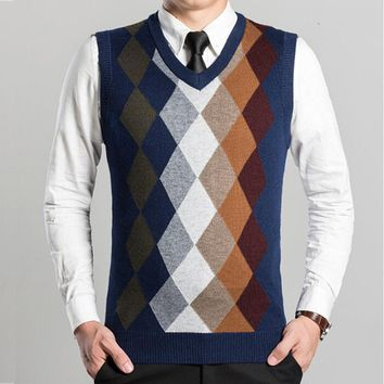 2017 Fashion Design Sleeveless Male Cashmere V Neck Sweater Vest Men Knitted Waistcoat Argyle Pattern