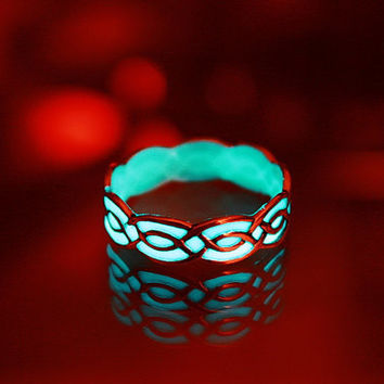 "Celtic ring ""GLOW in the DARk"" Sterling Silver"