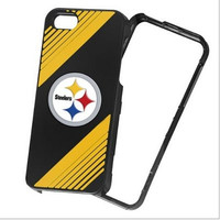 Pittsburgh Steelers 2-piece Snap-on Official NFL iPhone 5/5S Polycarbonate Case - Retail Packaging
