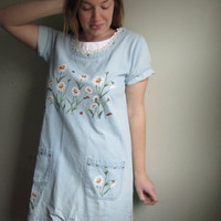 Vintage Daisy 90s Spring Denim Shift Dress