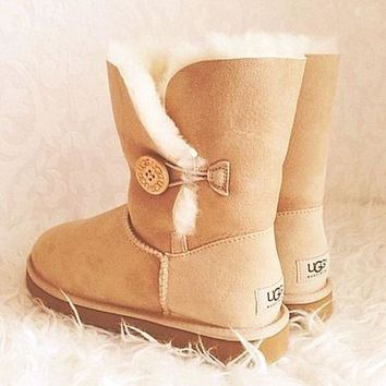 UGG with the buttons on the boots and bowknot boots