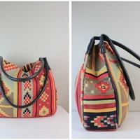 Saks Fifth Avenue Vintage Multi-Color Tribal Print Handbag Purse made in Italy of canvas and genuine leather