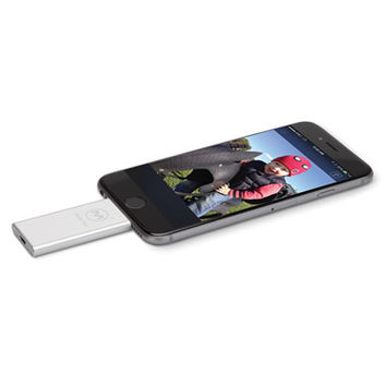 The iPhone Photo Storage Expander - Hammacher Schlemmer