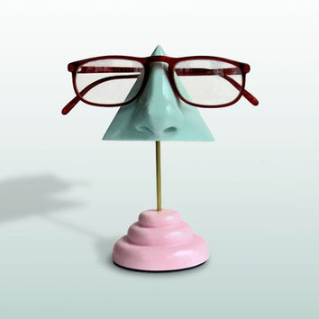 Mint Green Nose Eyeglass Holder pink base