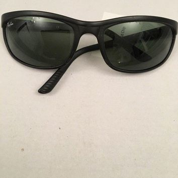 Cheap RAY BAN Sunglasses PREDATOR 2 Matte Black RB 2027 W1847 Green Glass Lenses outlet