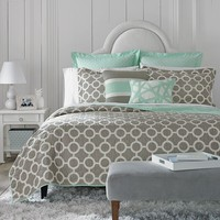 Happy Chic by Jonathan Adler Nina Reversible Quilt - Full / Queen (Grey)