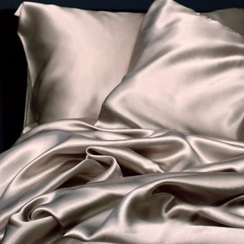 SALE !! 1pc New Queen/Standard Silk~y Satin Pillow Case Multiple Colors