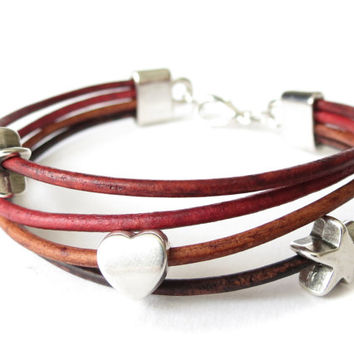 Hipster leather bracelet in red, maroon and brown with star & heart charms, boho jewellery for women, gift for best friend