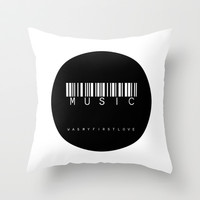 MUSIC circle Throw Pillow by Steffi by findsFUNDSTUECKE