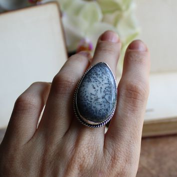 Size 8 - Black & White Dendritic Agate Silvertone Ring