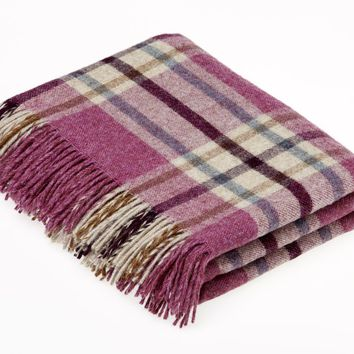 Shetland Quality - Pure New Wool - Arncliffe - Berry - Throw Blanket