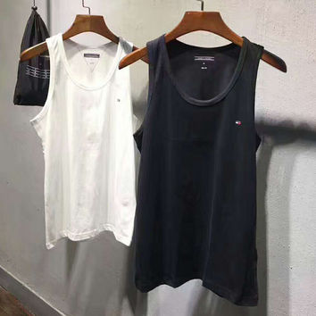 Tommy Hilfiger Print Casual Sport Short Sleeve Shirt Top Tee Blouse A pack of two White+Black G-A-GHSY-1