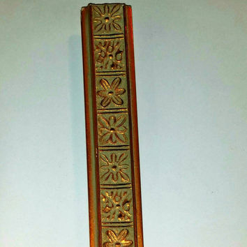 "Wood Ornate Gold Picture Frame Moulding 3"" width"