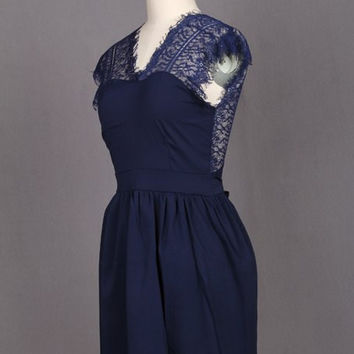 Blue V-Neck Backless Lace Dress