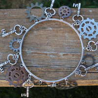 Steam punk gear bangle bracelet -  steam punk jewelry - skeleton key - antique brass - antique copper - BTS - gears - steam punk