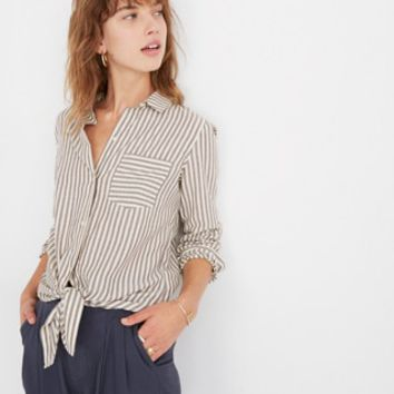 Tie-Front Shirt in Maitland Stripe