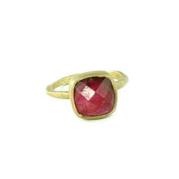Ruby Antique Gold Ring